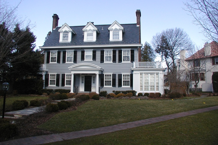 A smaller, vernacular example of colonial revival