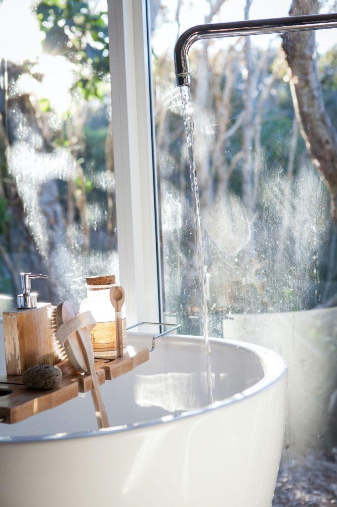 sink with hygiene bar